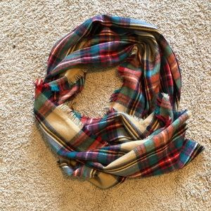 Plaid blanket scarf! Merona brand.